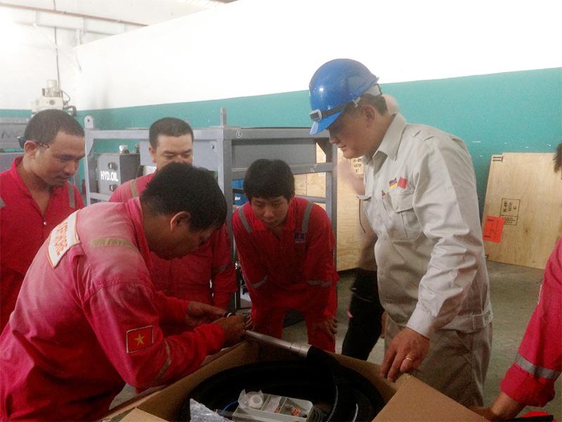 Chuyển giao công nghệ hàn PTA cho tập đoàn dầu khí quốc gia Việt Nam